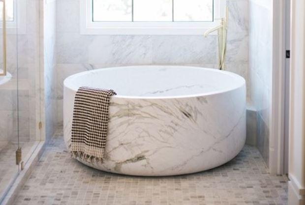 Stone-Bathtub-1
